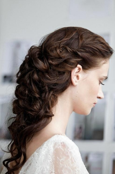 Curly Hair Vintage Style : Curly vintage hair style for prom long