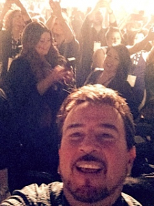 howard-selfie