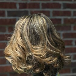 blonde-highlights-and-layers