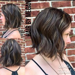 blunt-wavy-hair